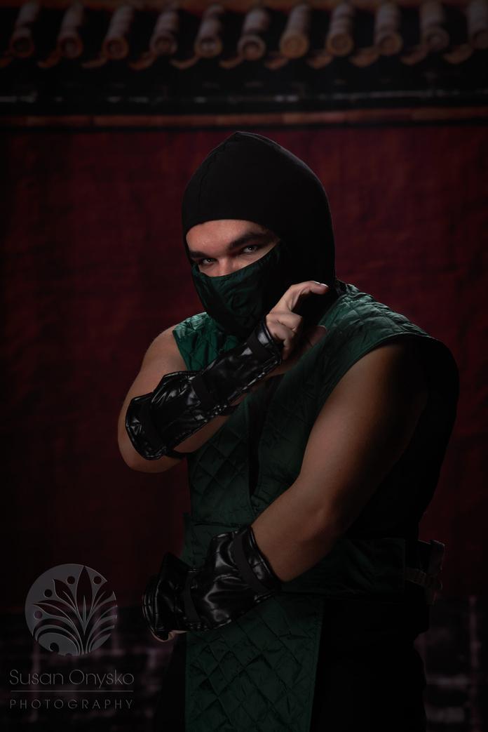 Reptile Mortal Combat Cosplay