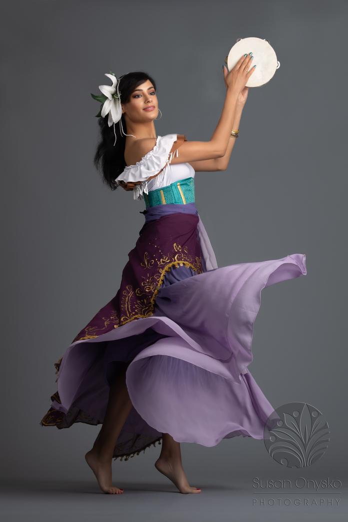 Esmerelda Cosplay